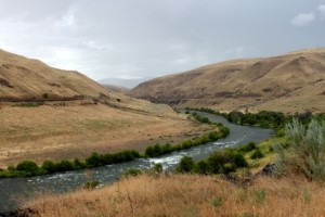 Deschutes River Trail near Coumbia River Gorge. Doug Campbell Photo